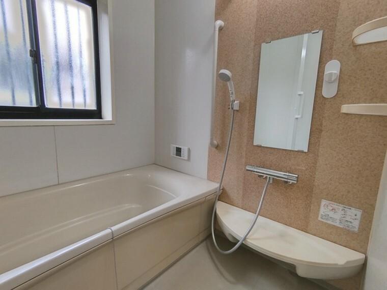 浴室 1坪広さを設けた浴室でゆったりバスタイム。
