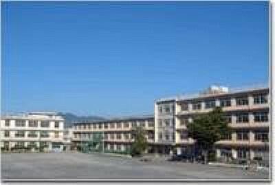 小学校 【小学校】中島小学校まで766m