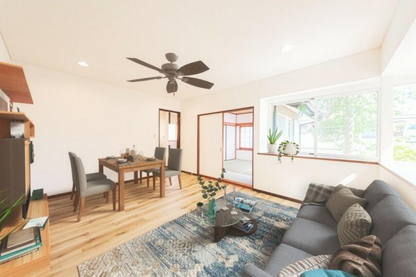 居間・リビング *家具はCGレイアウトによるものです* こんなにも明るいリビングはとても気持ちがいいですね!家族団欒の時間がたくさん持てそうです!