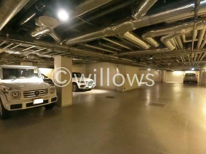 駐車場 駐車場専用の駐車場スペース有