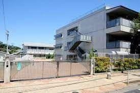 小学校 世田谷区立松原小学校 徒歩10分。