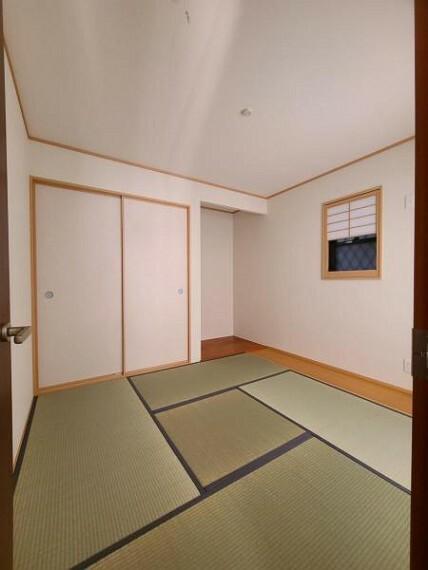 和室 和室4.5帖:柔らかい畳の上なら小さなお子様が転んでも安心ですね