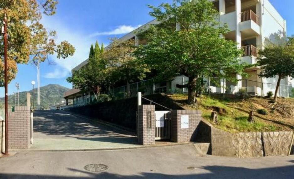 中学校 呉市立昭和中学校