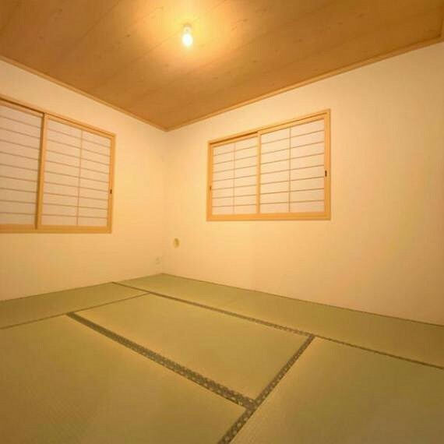 和室 約6帖の和室でございます!和の雰囲気を感じられます!