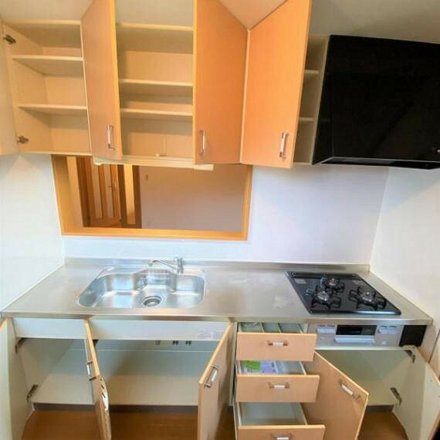 キッチン システムキッチンの収納スペースです!