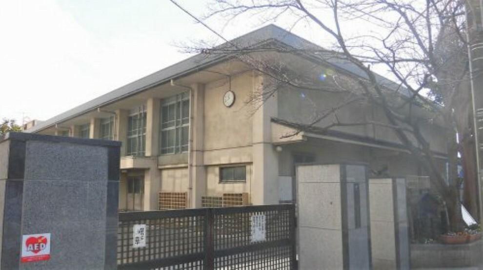 中学校 【中学校】京都市立加茂川中学校まで400m