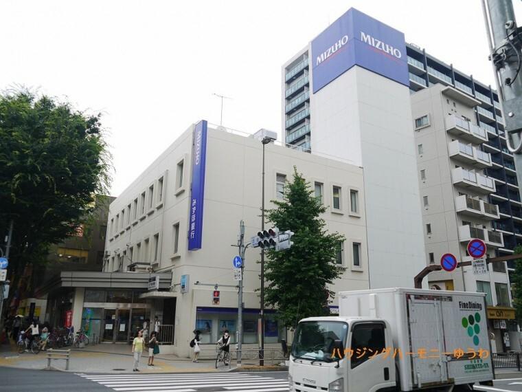 銀行 【銀行】みずほ銀行 成増支店まで807m