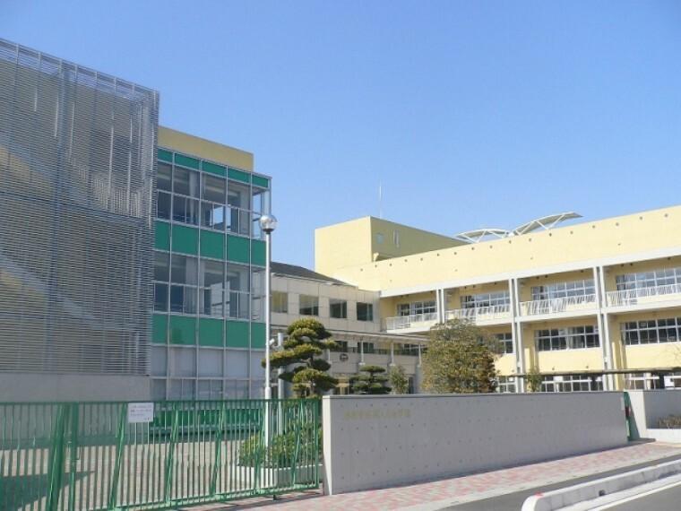 小学校 【小学校】越谷市立城ノ上小学校まで1320m