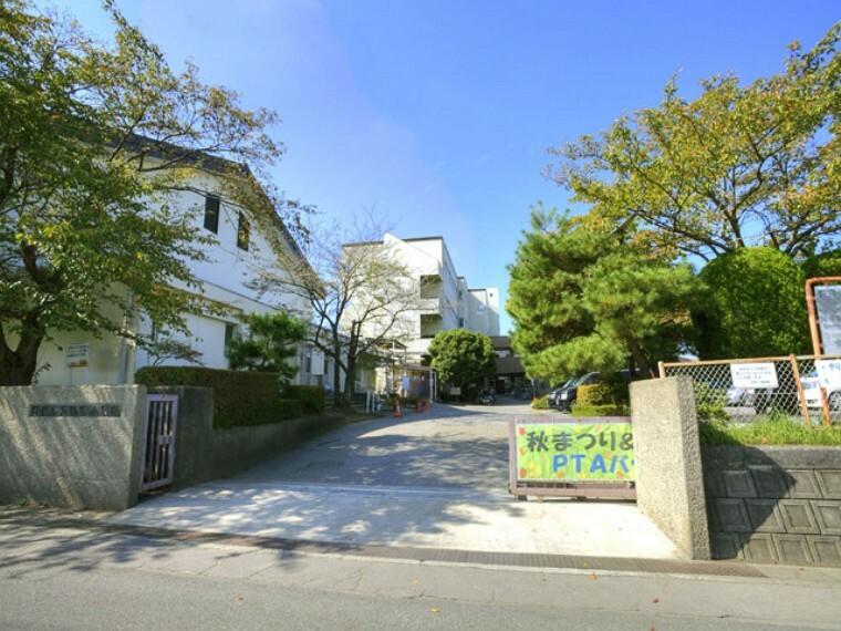 小学校 【小学校】越谷市立弥栄小学校まで731m