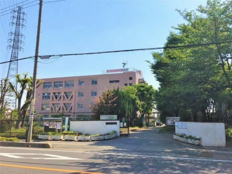 中学校 【中学校】越谷市立新栄中学校まで1051m