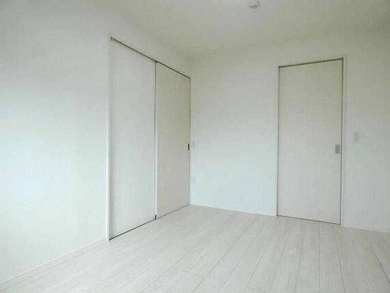 クローゼット付きで、お部屋もスッキリ。