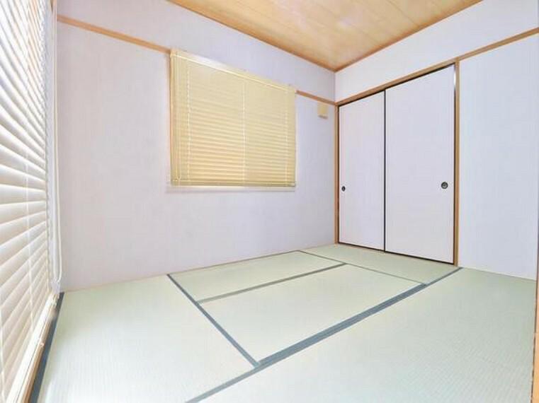寝室 そこで暮らす方々のことを考え抜き、そして造りこんだ空間は極上の癒しを提供してくれます。