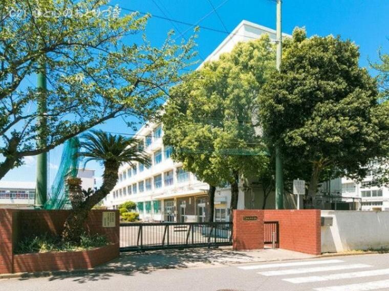 中学校 横浜市立左近山中学校