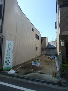 東大阪市荒川2丁目の家