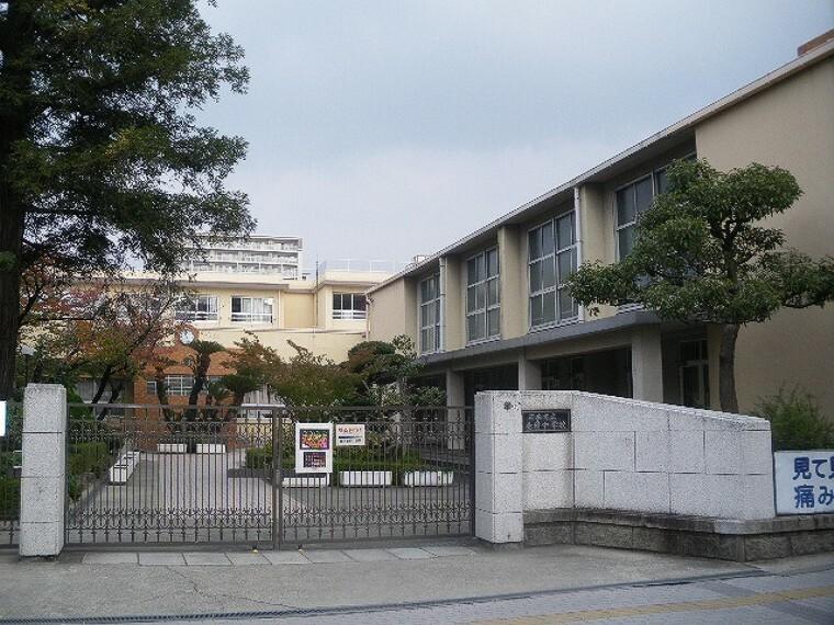 中学校 茨木市立養精中学校