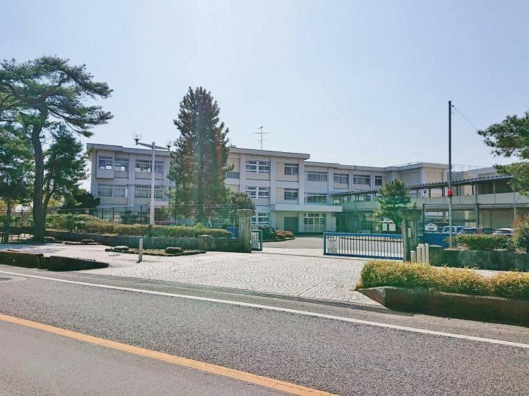 小学校 豊田市立青木小学校840m