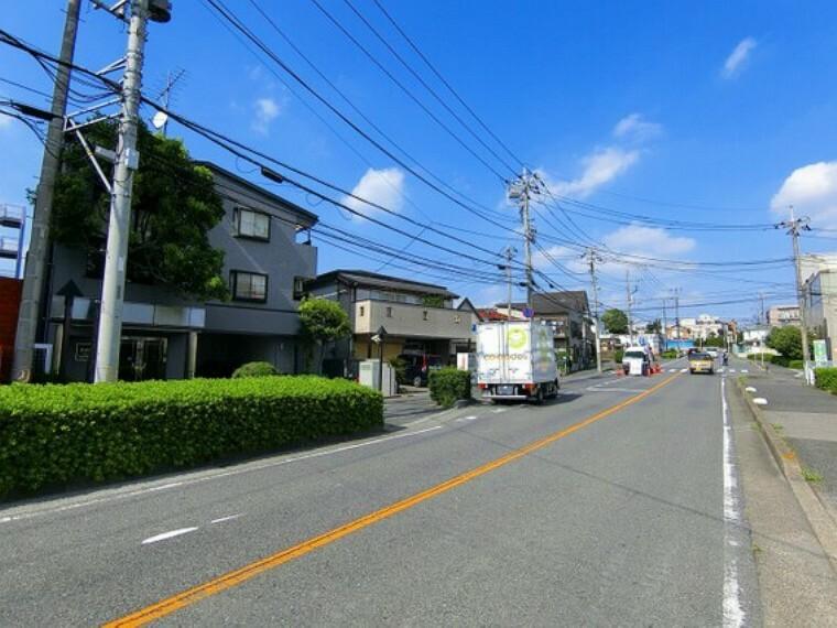 外観写真 【前面道路】