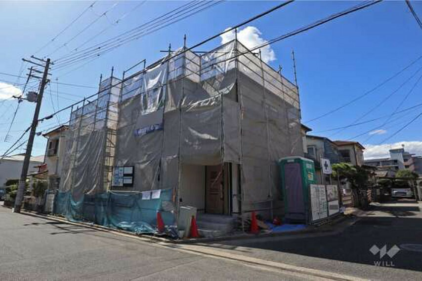 現況外観写真 外観写真2021年10月完成予定の新築戸建て!北東角地で陽当たり・風通し良好!