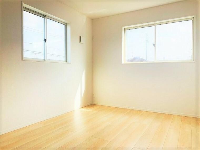洋室 ・建設中の為同仕様写真を使用しております。