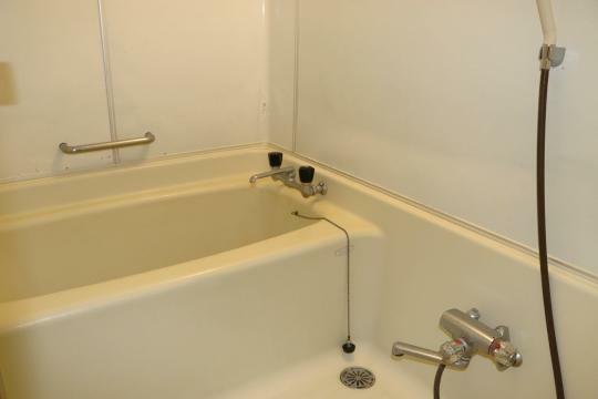 浴室 戸別温泉が利用できます