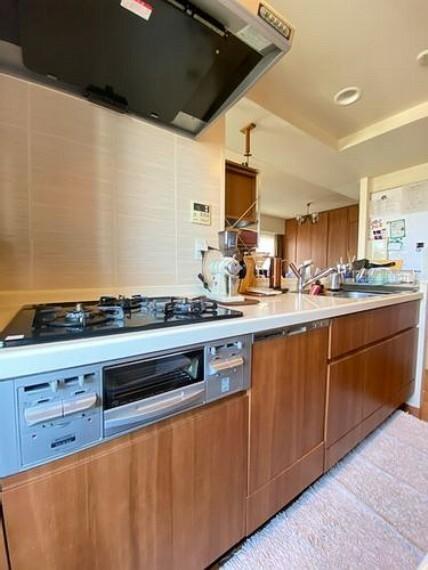 キッチン キッチンの様子です。作業スペースが十分に確保された身動きのとりやすい空間です