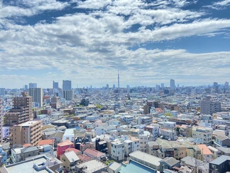 眺望 バルコニーからの眺望です。最上階角部屋につき、眺望良好 東京スカイツリーが望める贅沢なお部屋です