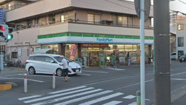 コンビニ 【コンビニエンスストア】ファミリーマート 細谷大野台店まで343m
