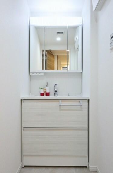 洗面化粧台 購入後も安心のアフターサービス保証付きです(同仕様の洗面画像)