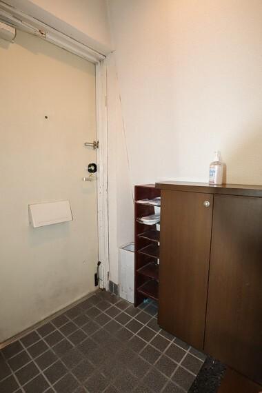 玄関 シューズボックスのある玄関スペース