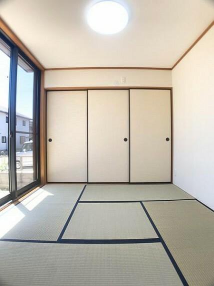 「和室」約4.5帖の和室は、畳表替え、襖張替などのリフォーム済みです。