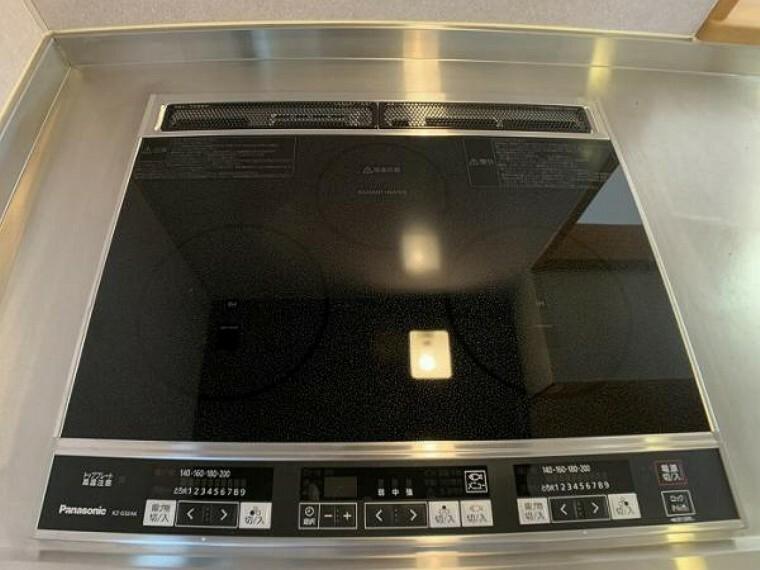 キッチン 「キッチン」 3口タイプのIHコンロに新品交換しております。