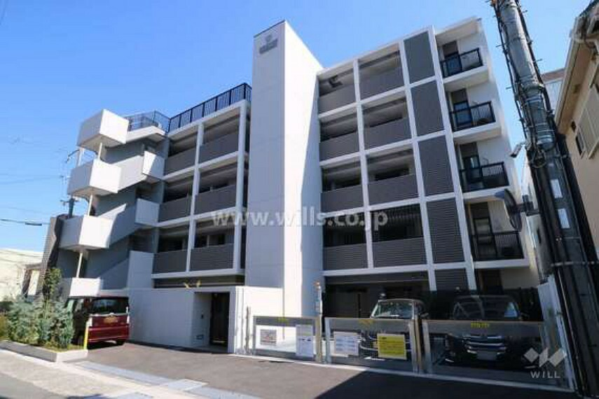 外観写真 ワコーレ伊丹平松ザ・レジデンスの外観(北西側から)2019年2月建築の築浅マンションです。