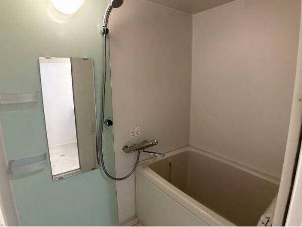浴室 クリーニングできれいに仕上がりました。