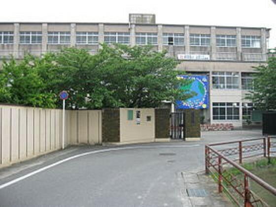 中学校 【中学校】京都市立向島東中学校まで482m
