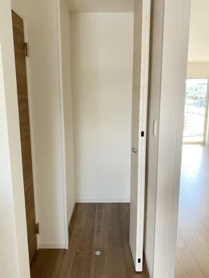 収納 1階物入