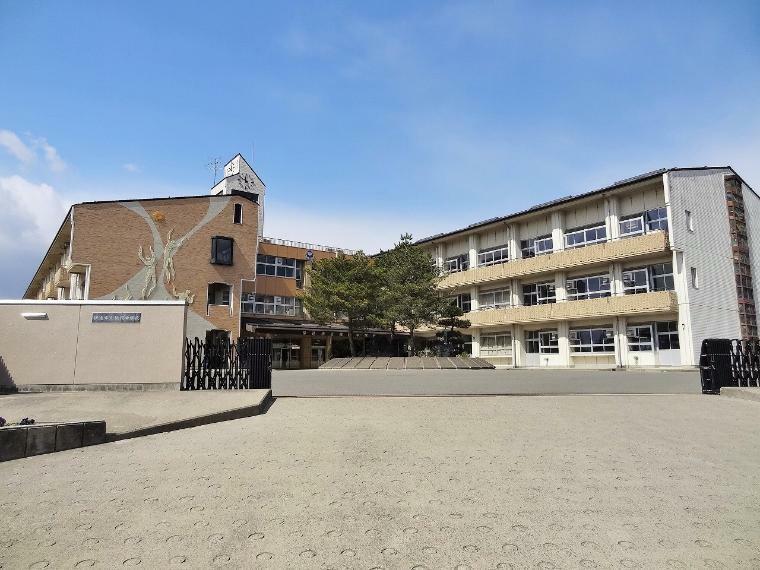 中学校 伊達市立桃陵中学校