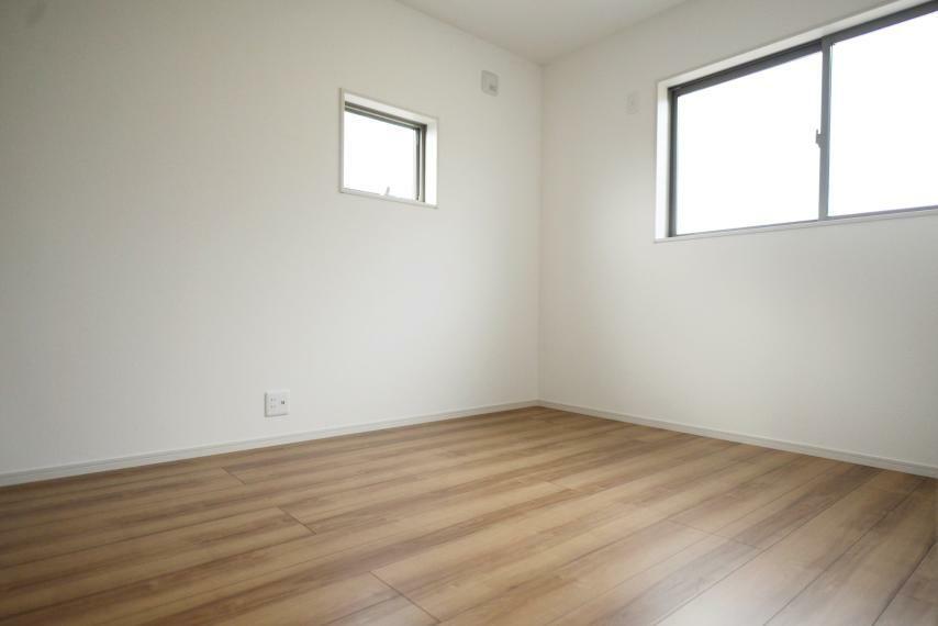 子供部屋 2面採光で陽当たりも風通しも良好!