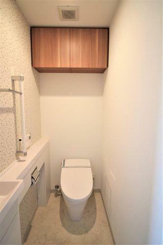 トイレ 個別手洗い付きのトイレです