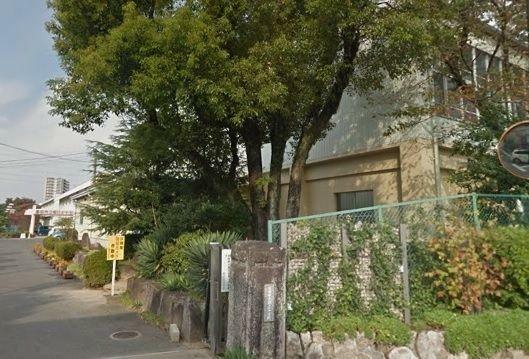 中学校 豊田市立朝日丘中学校 徒歩17分。