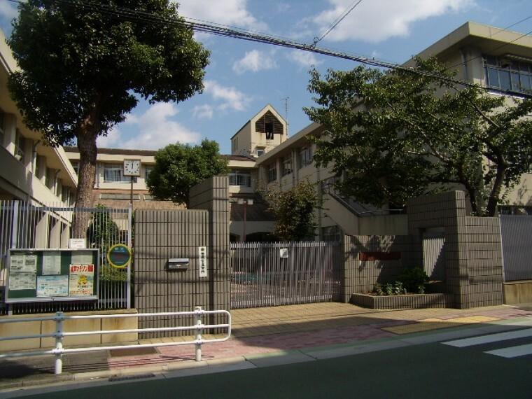小学校 神戸市私立 真陽小学校