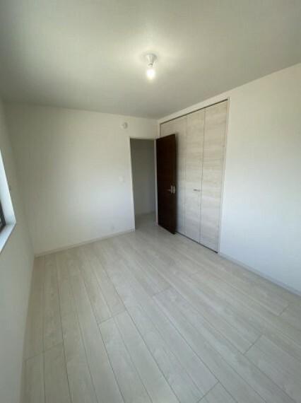 洋室 2階洋室(1)