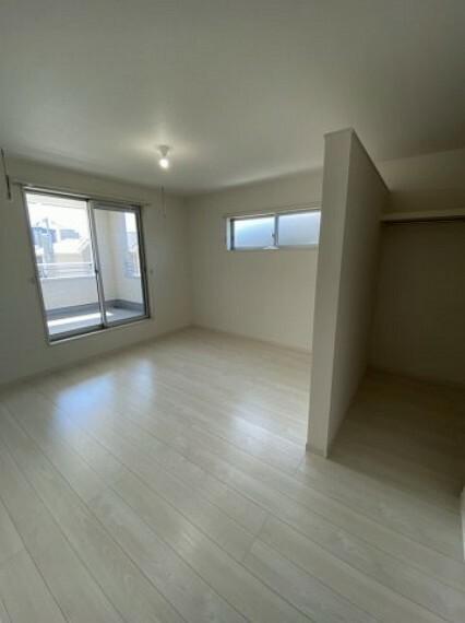 洋室 2階洋室収納(3)