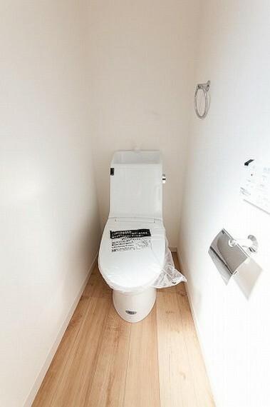 外観・現況 トイレの施工例写真