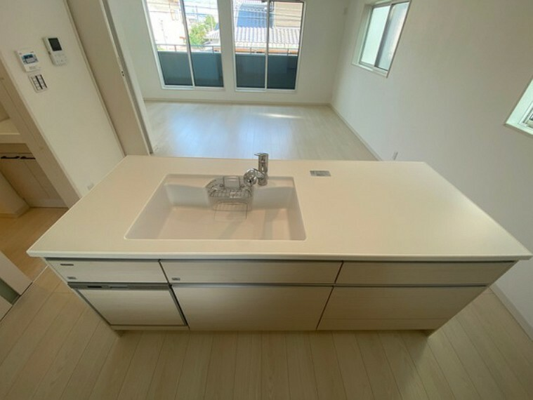 キッチン 食器洗浄乾燥機の食器収納点数は約40点(約5人分)!