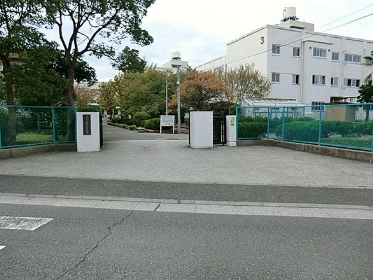 中学校 横浜市立金沢中学校