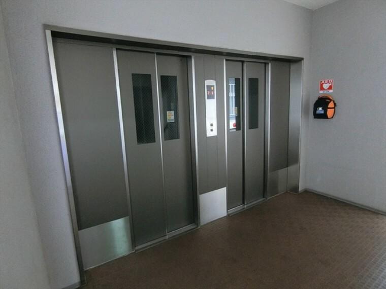 ロビー エレベーターあり(1,4,7,10階に停止します)