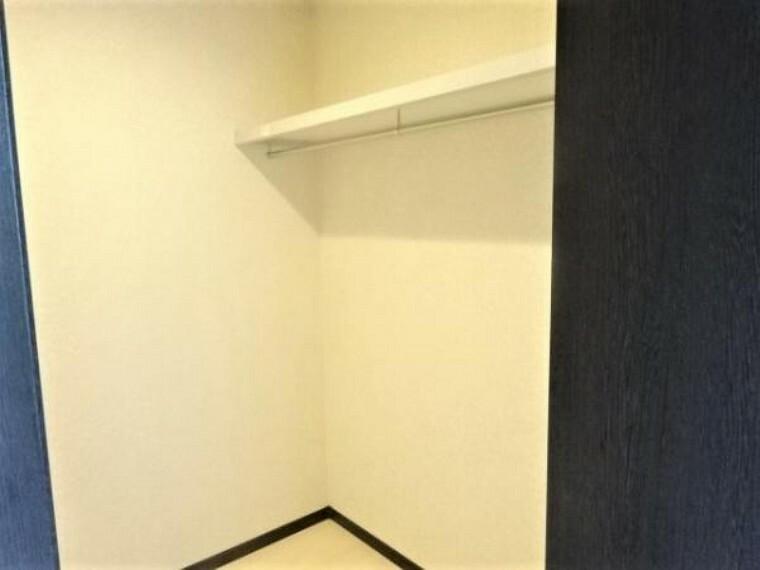 同仕様写真(内観) \同仕様写真/各居室に収納スペースがあり、すっきりお住まい頂けます
