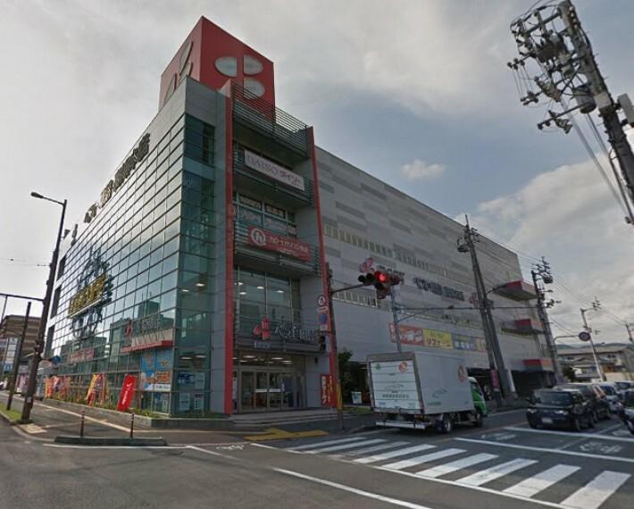 【家電製品】ベスト電器高知本店まで423m