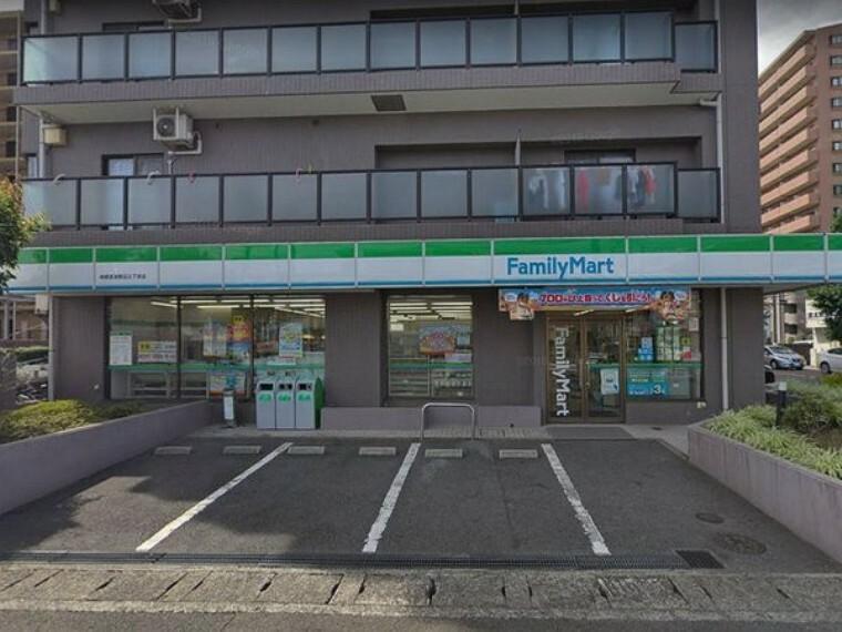 コンビニ ファミリーマート相模原淵野辺三丁目店