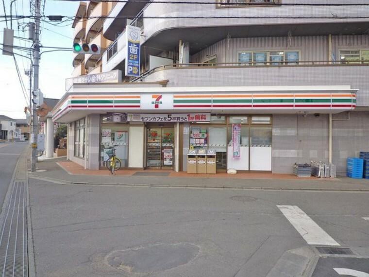 コンビニ セブンイレブン 富士見羽沢1丁目店